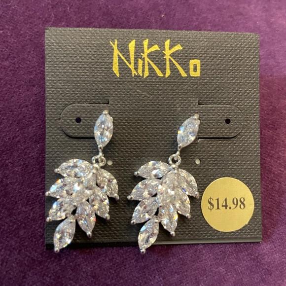 Costume jewelry earrings. NWT